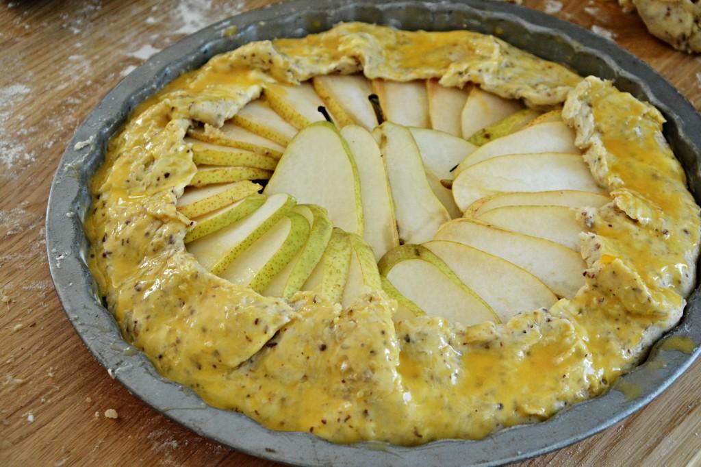 Hruškový koláč s lískovými oříšky