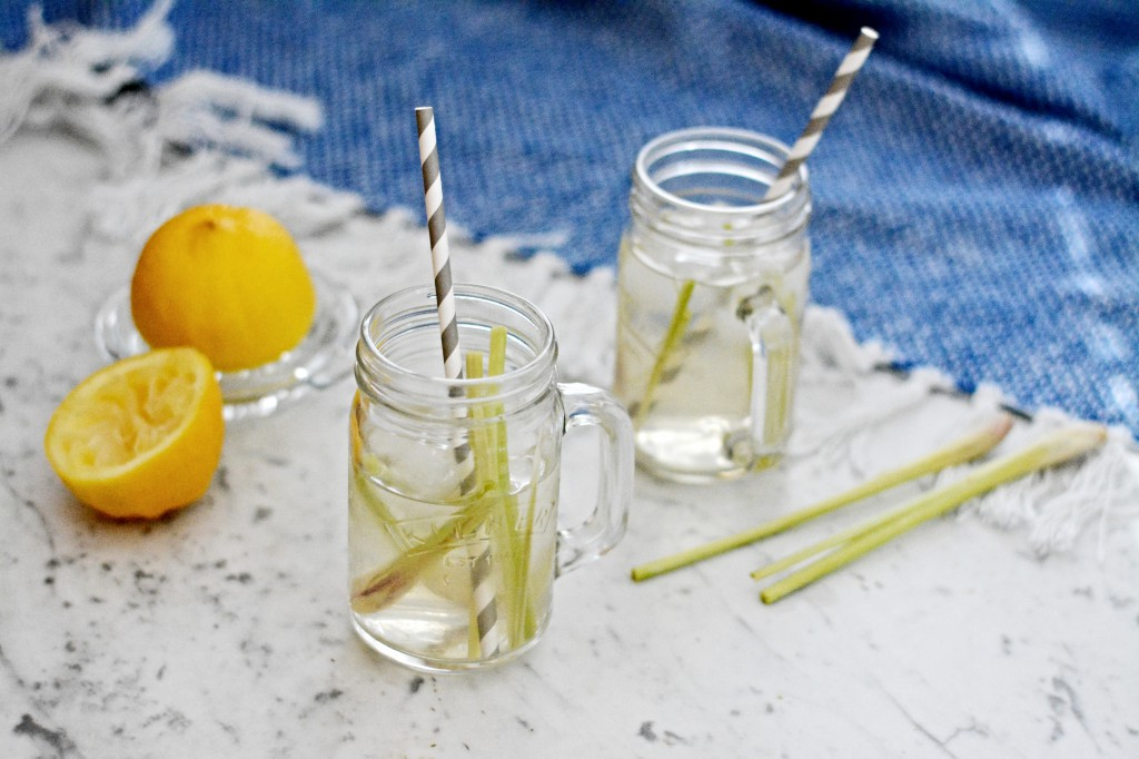 Domácí ledový čaj z citrónové trávy