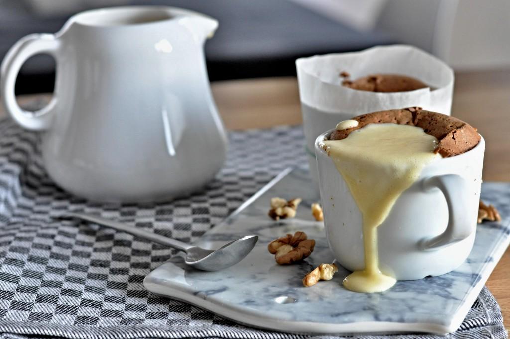 Čokoládové suflé s vanilkovým krémem